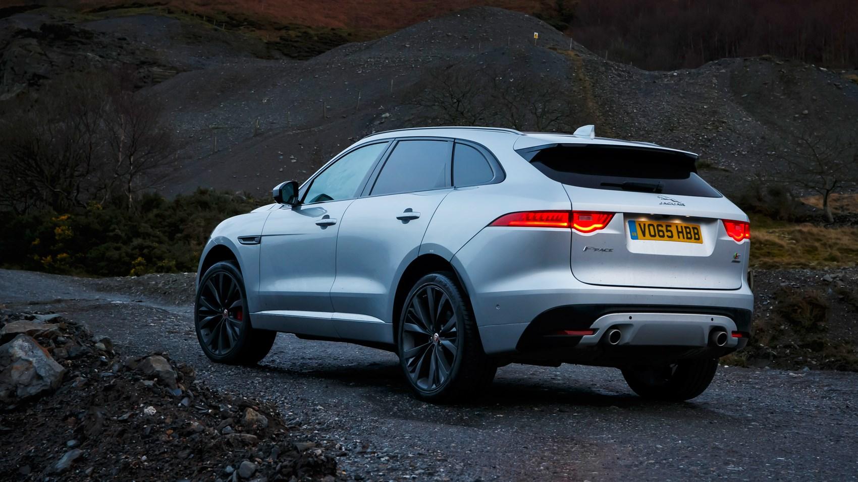Кроссовер Jaguar F Pace назван Всемирным автомобилем года 2017