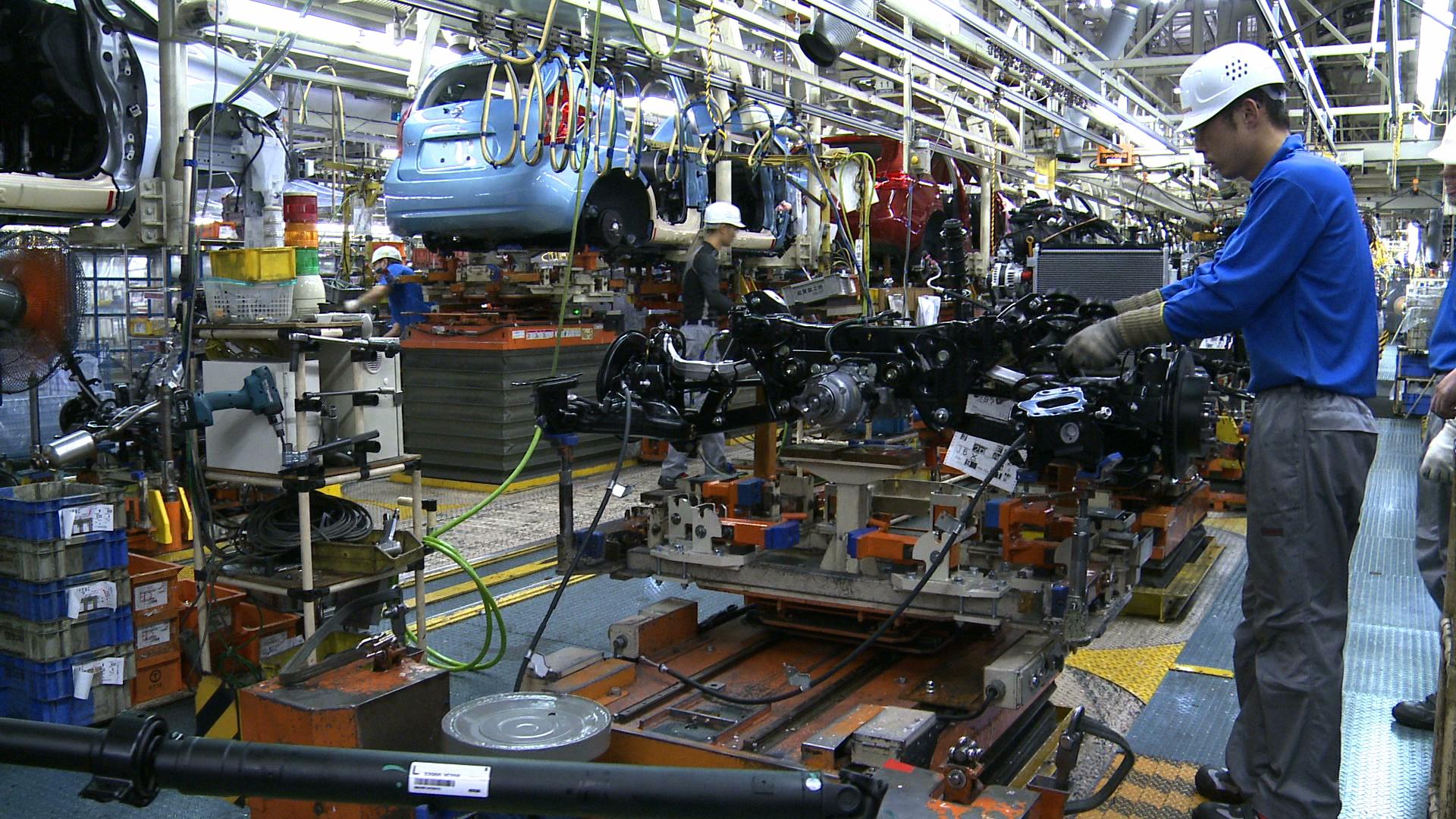 Российский завод Mitsubishi перешел надвухсменный график
