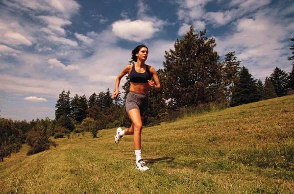 Всего один час бега внеделю способен значительно увеличить длительность жизини— Ученые