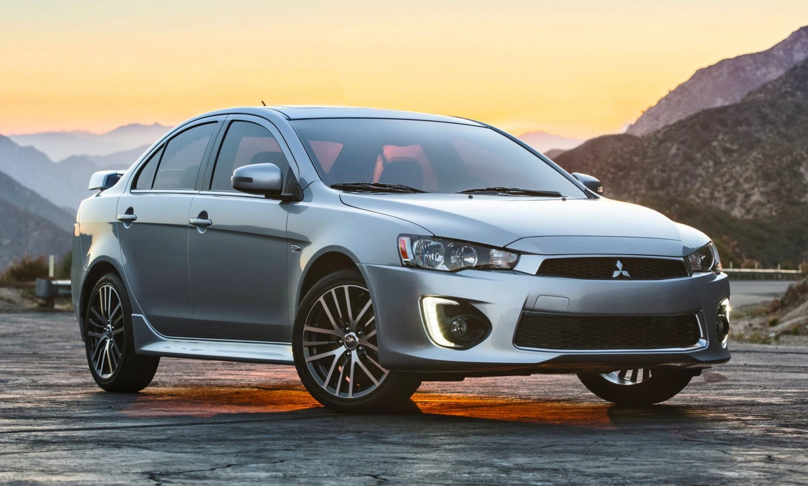 В РФ отзывают неменее 4,7 тысячи авто Митцубиши Lancer