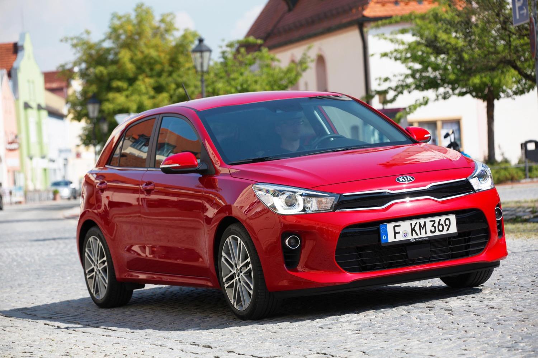 За первые три месяца 2018 года россияне купили новых машин на 413 млрд рублей