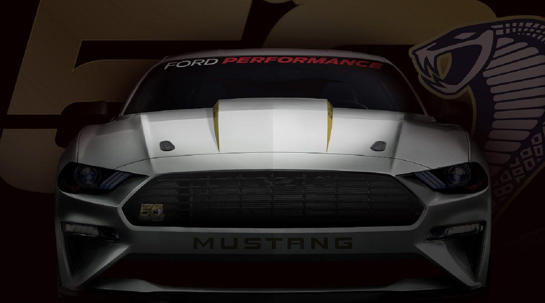 Форд презентовала юбилейную версию Mustang Cobra Jet 50th Anniversary