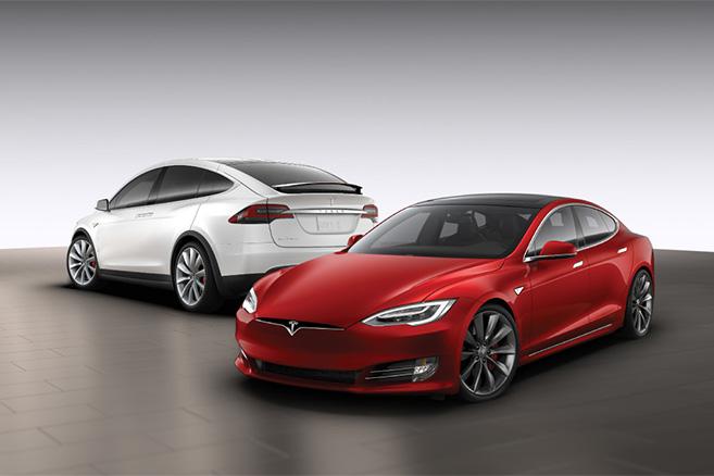 Автопроизводитель Tesla отзовет 53 тысячи экземпляров Model S и Model X