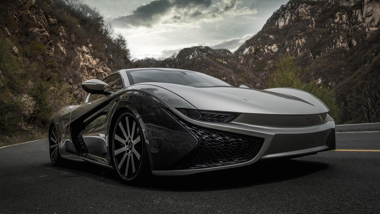 Qiantu Motor представила серийное купе K50 и концептуальный автомобиль K20