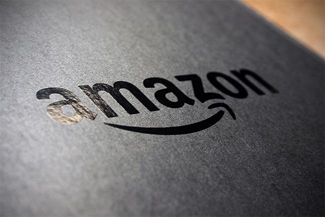 Amazon начала доставлять заказы вавтомобили
