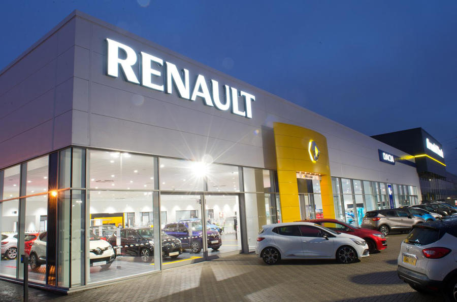 Рено подвела первые результаты продаж подержанных авто