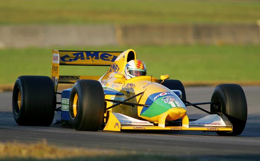 Болид Benneton F1 Михаэля Шумахера выставлен на реализацию