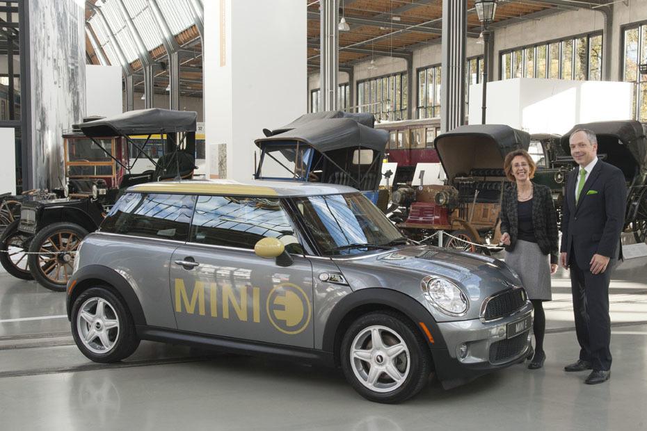 Мини объявила освоем втором электромобиле BEV