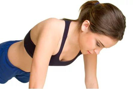 Ученые узнали, отчего зависит размер женской груди