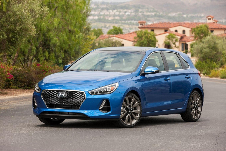 Обновленный Hyundai Elantra дебютирует летом 2018 года