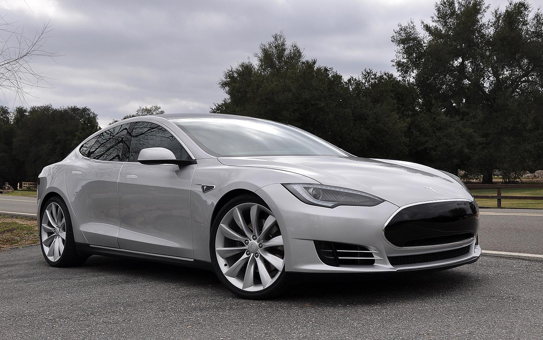 Вкрупной отзывной кампании Tesla винит компанию Bosch