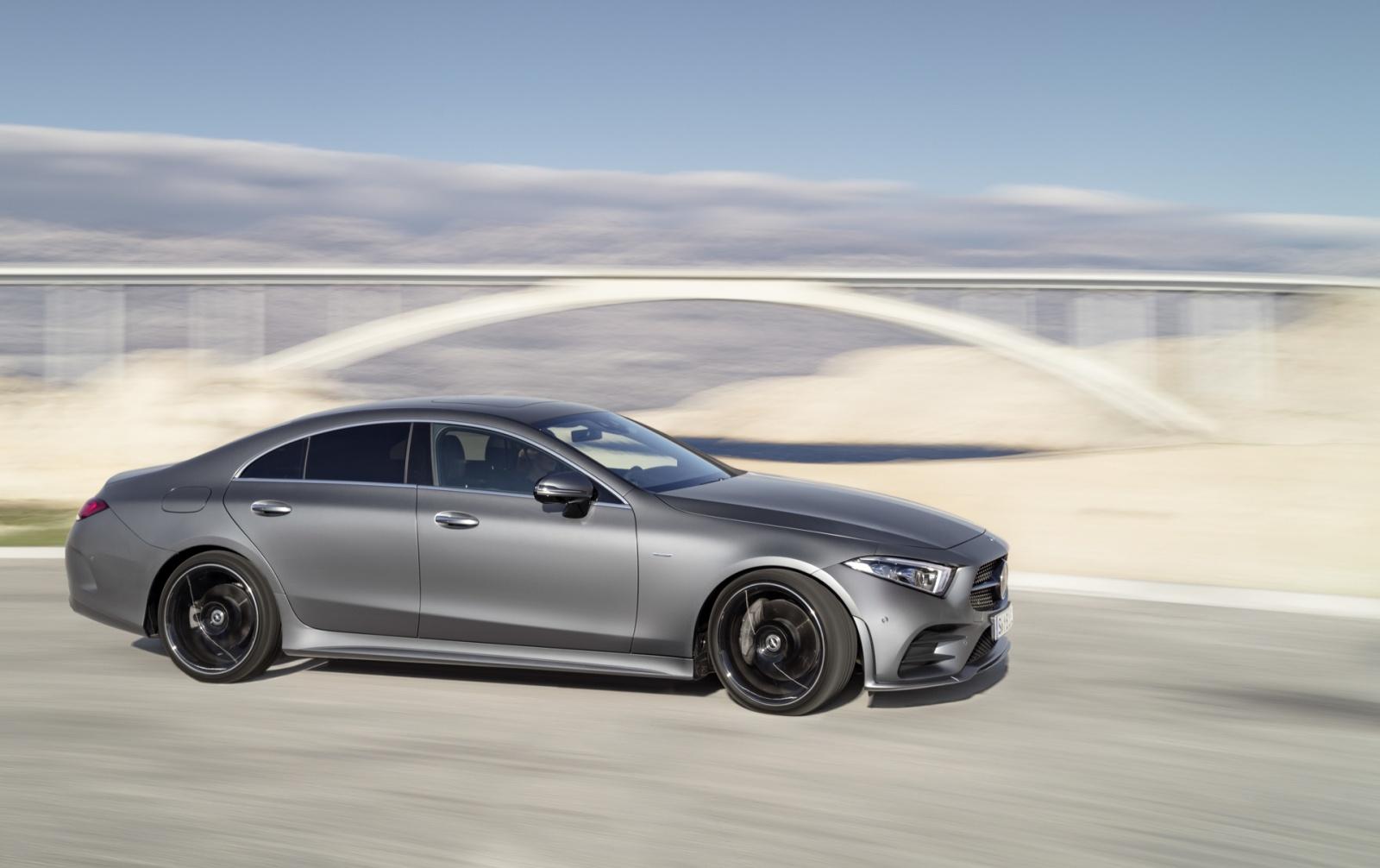 Новый Mercedes CLS обзавелся двухлитровым двигателем