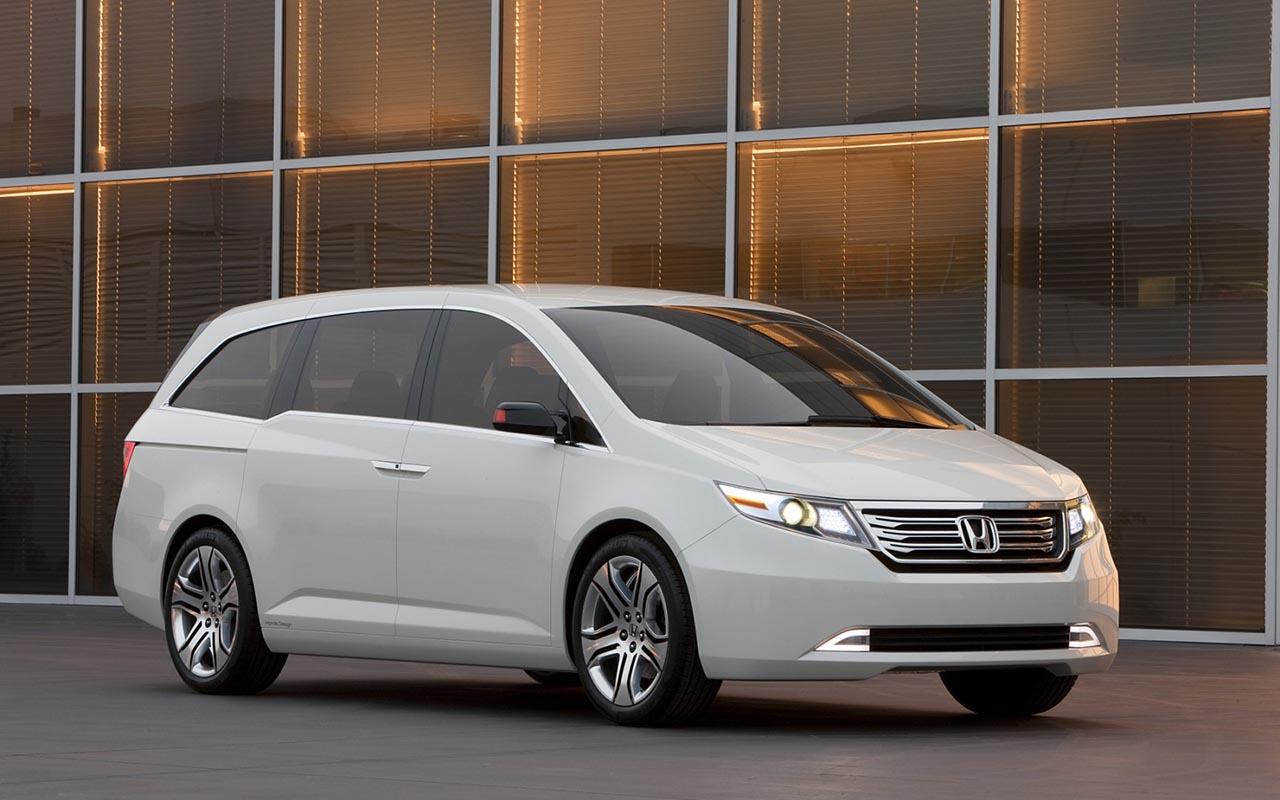 Стартовали продажи улучшенного минивэна Хонда Odyssey