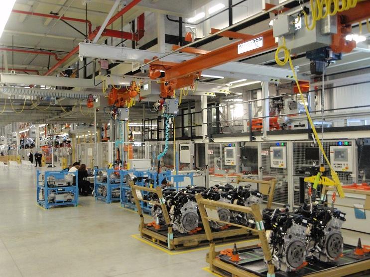 Производство БМВ встало из-за перебоев споставкой деталей
