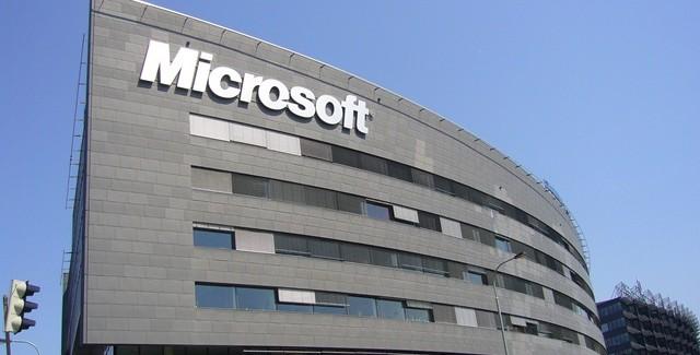 Корпорация Microsoft планирует вернуться на рынок смартфонов
