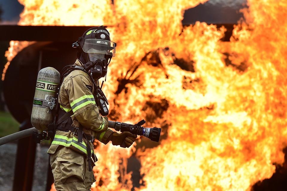 Впожаре вОрске погибли два человека