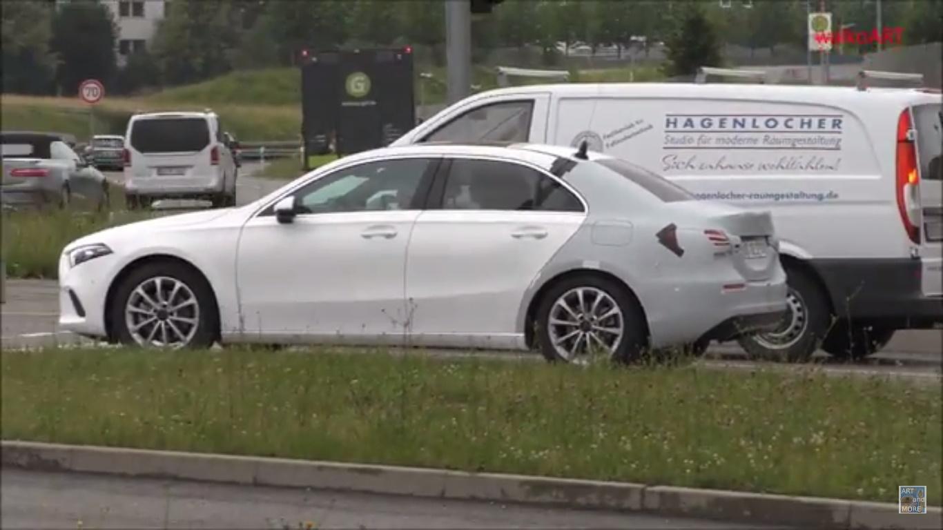 СМИ рассекретили детали нового седана Мерседес-Бенс A-Class