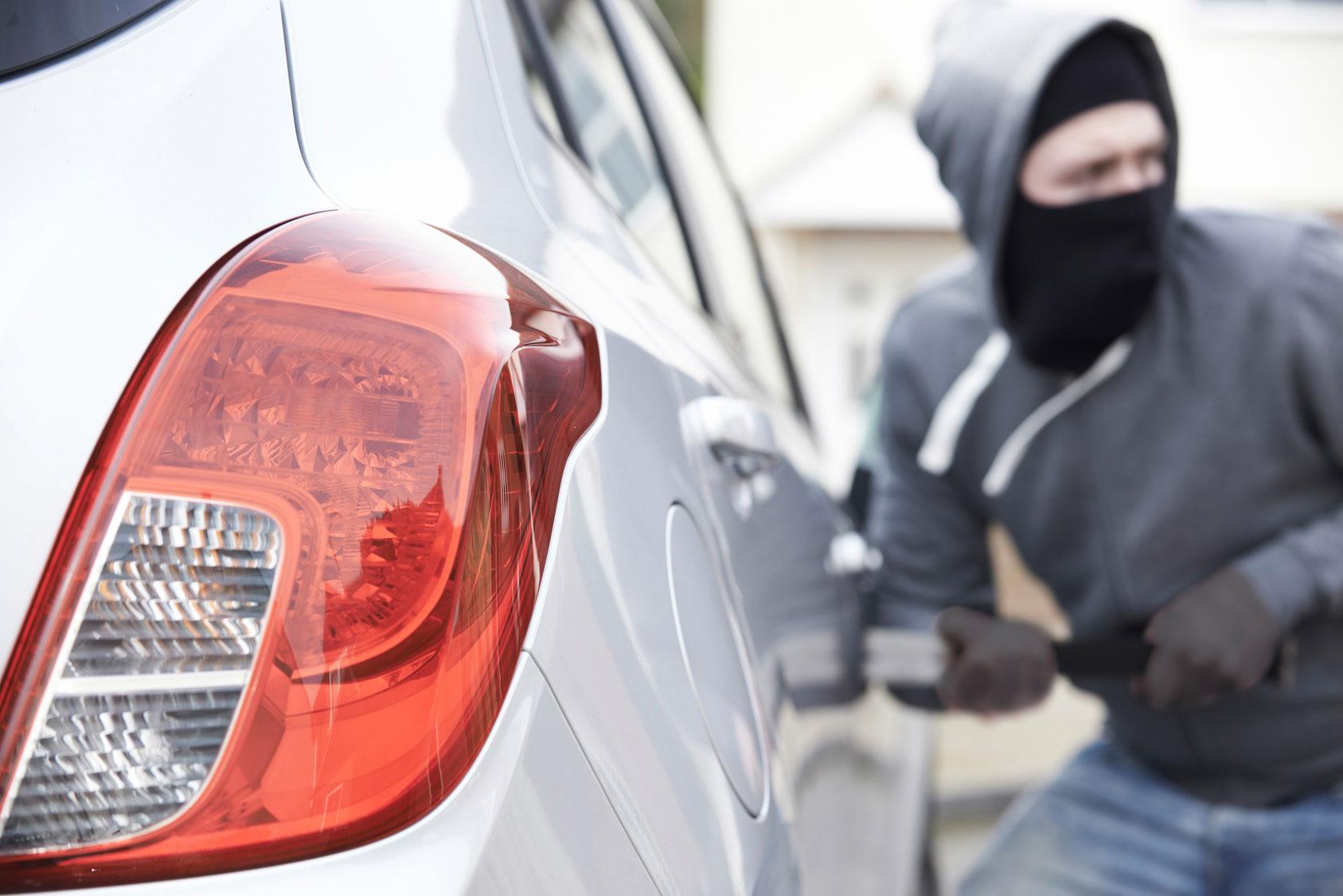 Составлен ТОП-5 ошибок водителей, которые «помогают» угонщикам
