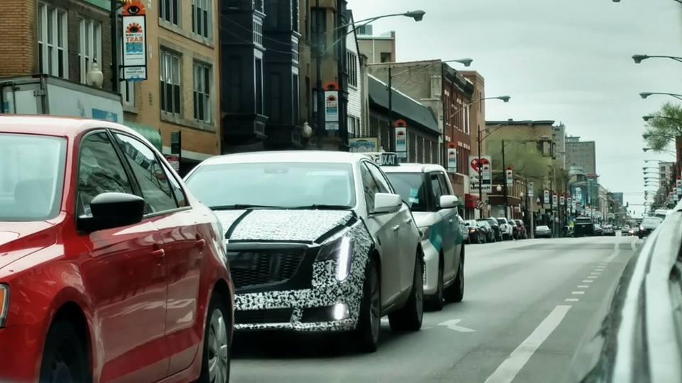 Cadillac вывела на дороги Европы новый Cadillac CT6