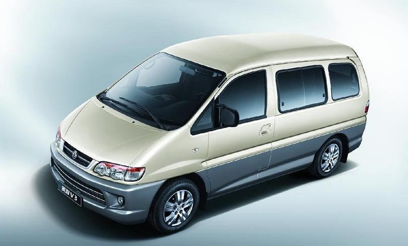 Китайский клон Mitsubishi Delica получил новую версию