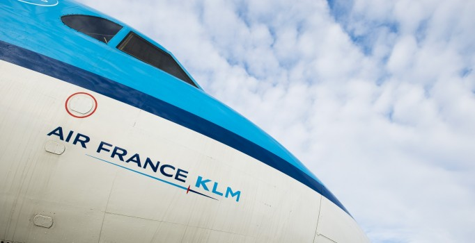 Air France-KLM запретила bluetooth-наушники