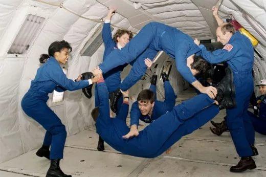 NASA заплатит добровольцам зазанятия сексом вкосмосе