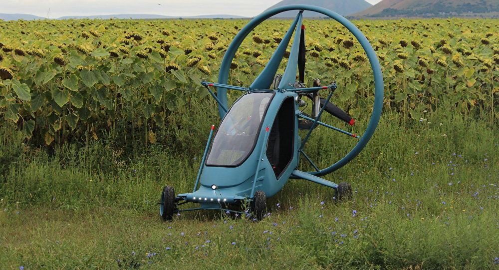 Летающий электрический автомобиль построили в России