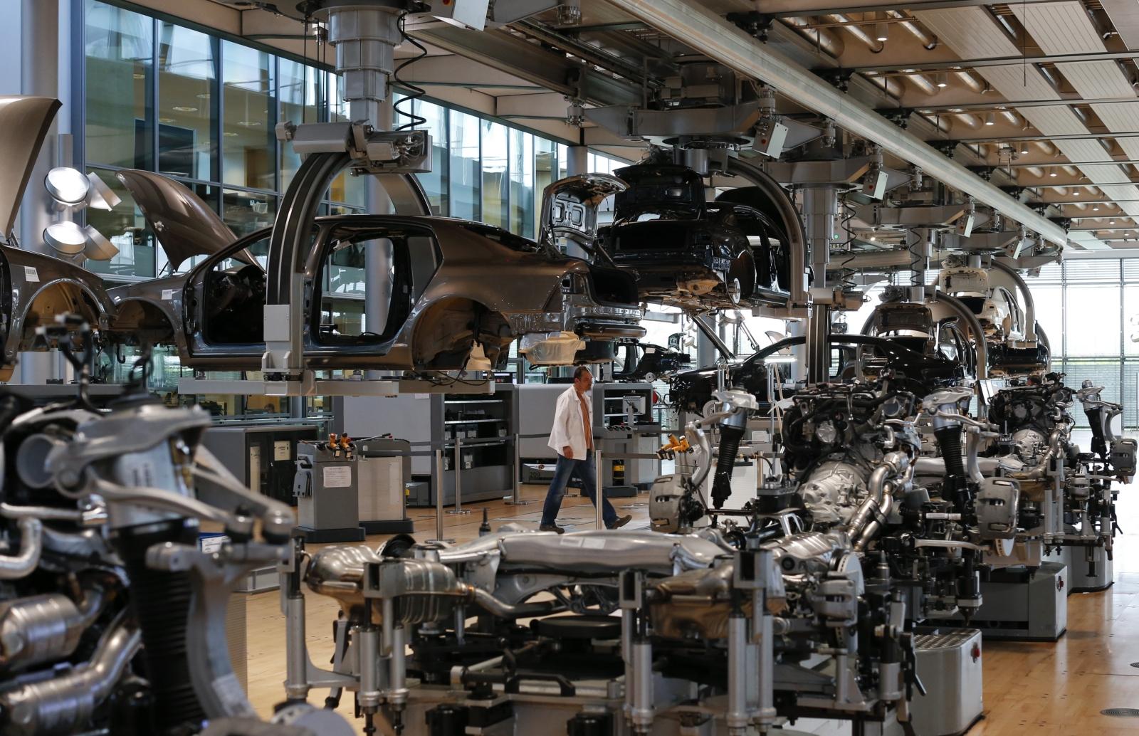 Власти Германии продолжат проверять автозаводы после «дизельгейта»