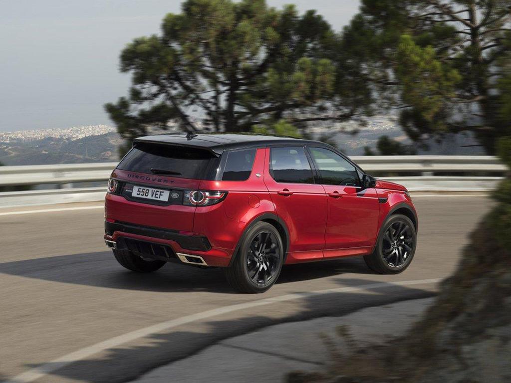 Новый Ленд Ровер Discovery назвали автомобилем года