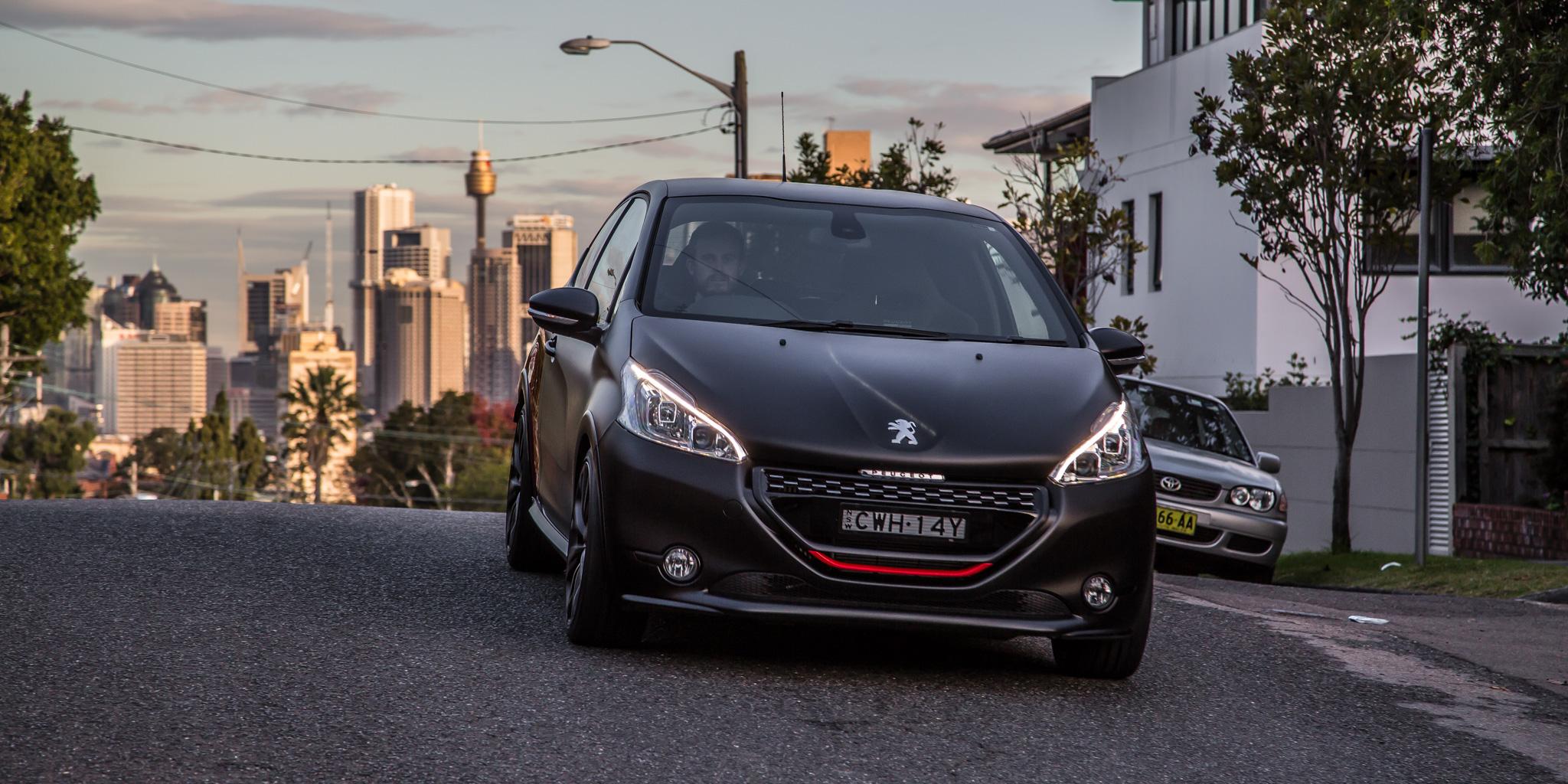 Новый Peugeot (Пежо) 208 GTi будет электромобилем
