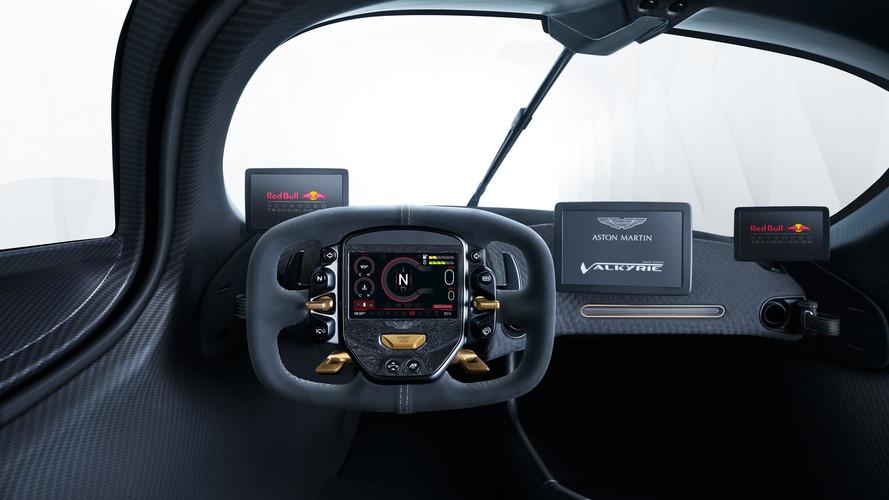 Aston Martin представил интерьер гиперкара Valkyrie
