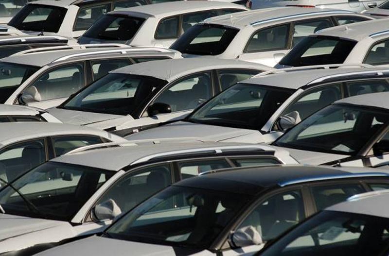 Продажи автомобилей на европейском рынке выросли в июне на 5,2