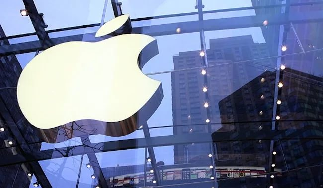Apple тратит десятки млн долларов, чтобы успеть вовремя выпустить iPhone 8
