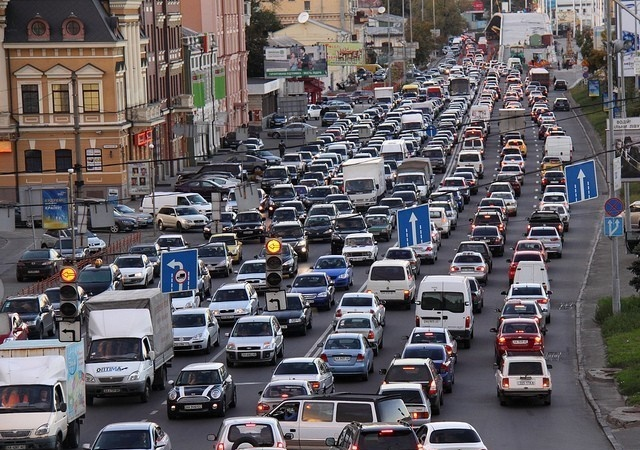 ВЯпонии резко упал уровень объёма автомобильных продаж