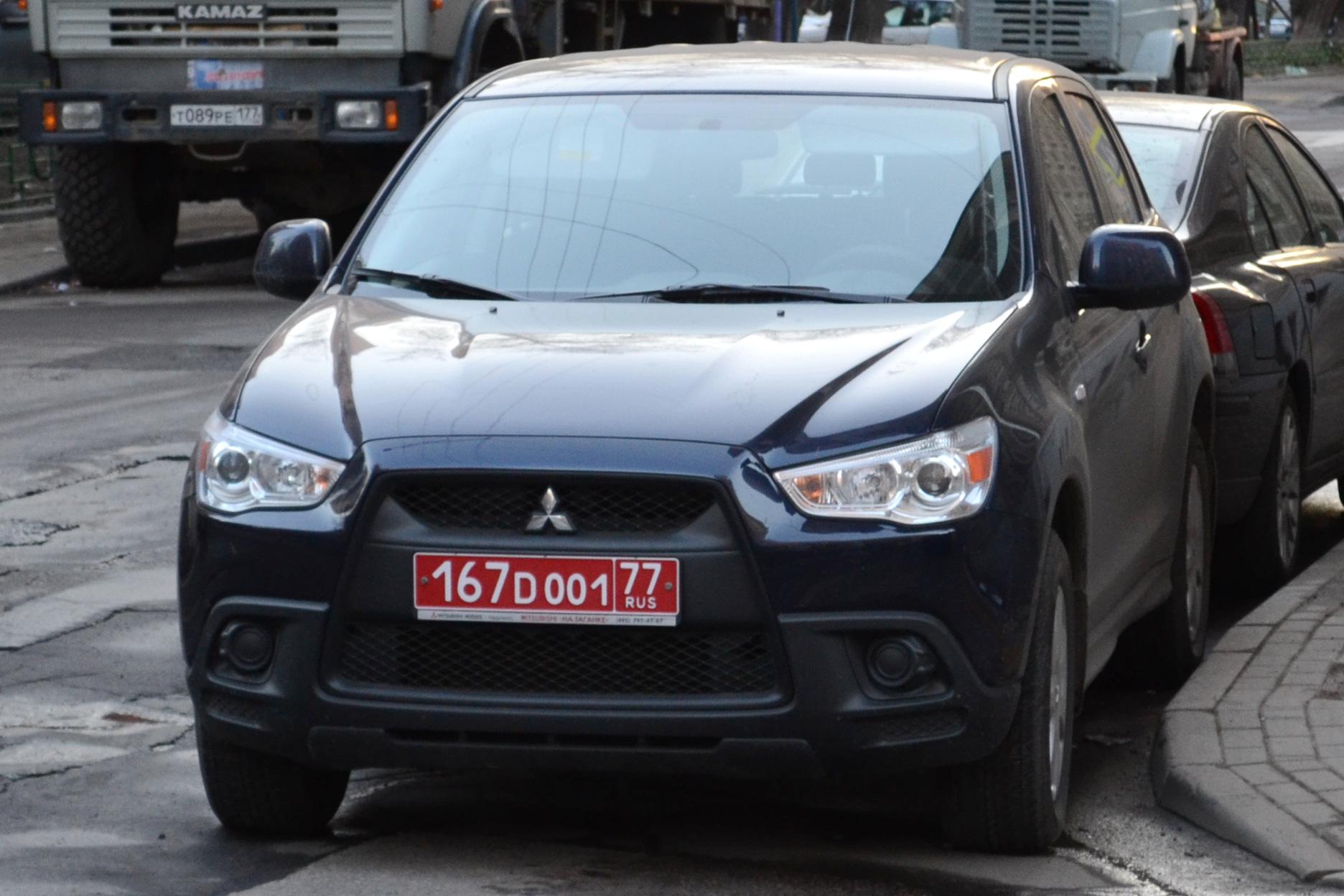 МВД предложило разрешить автолюбителям свободный выбор номеров