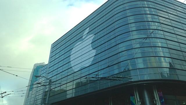 Apple хочет производить экраны для iPhone самостоятельно