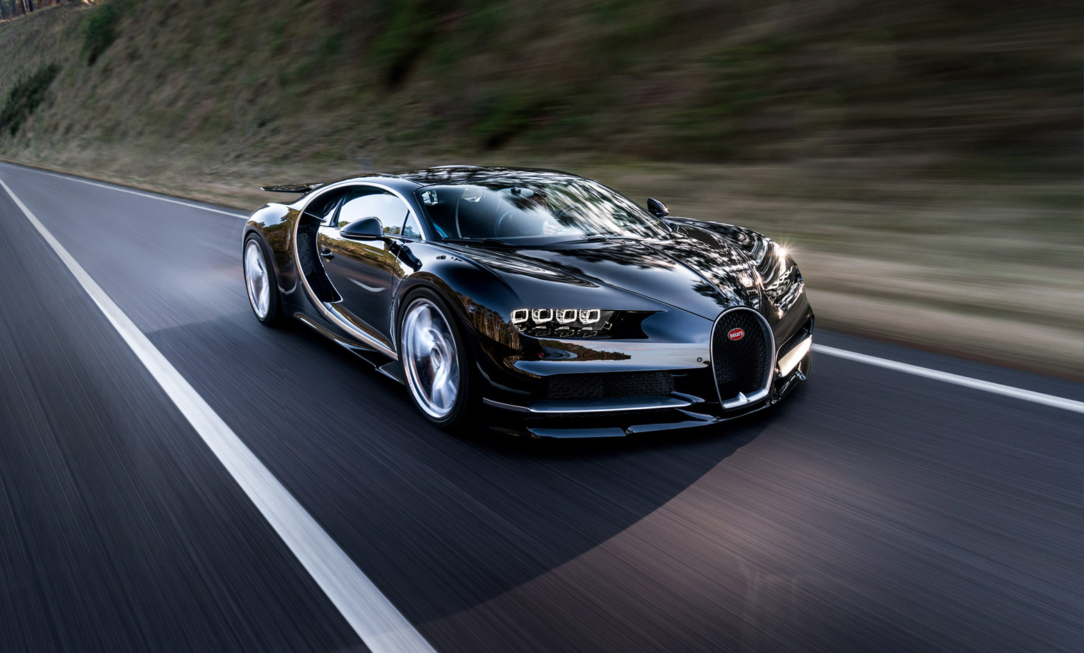 Стали известны реальные данные расхода топлива Bugatti Chiron