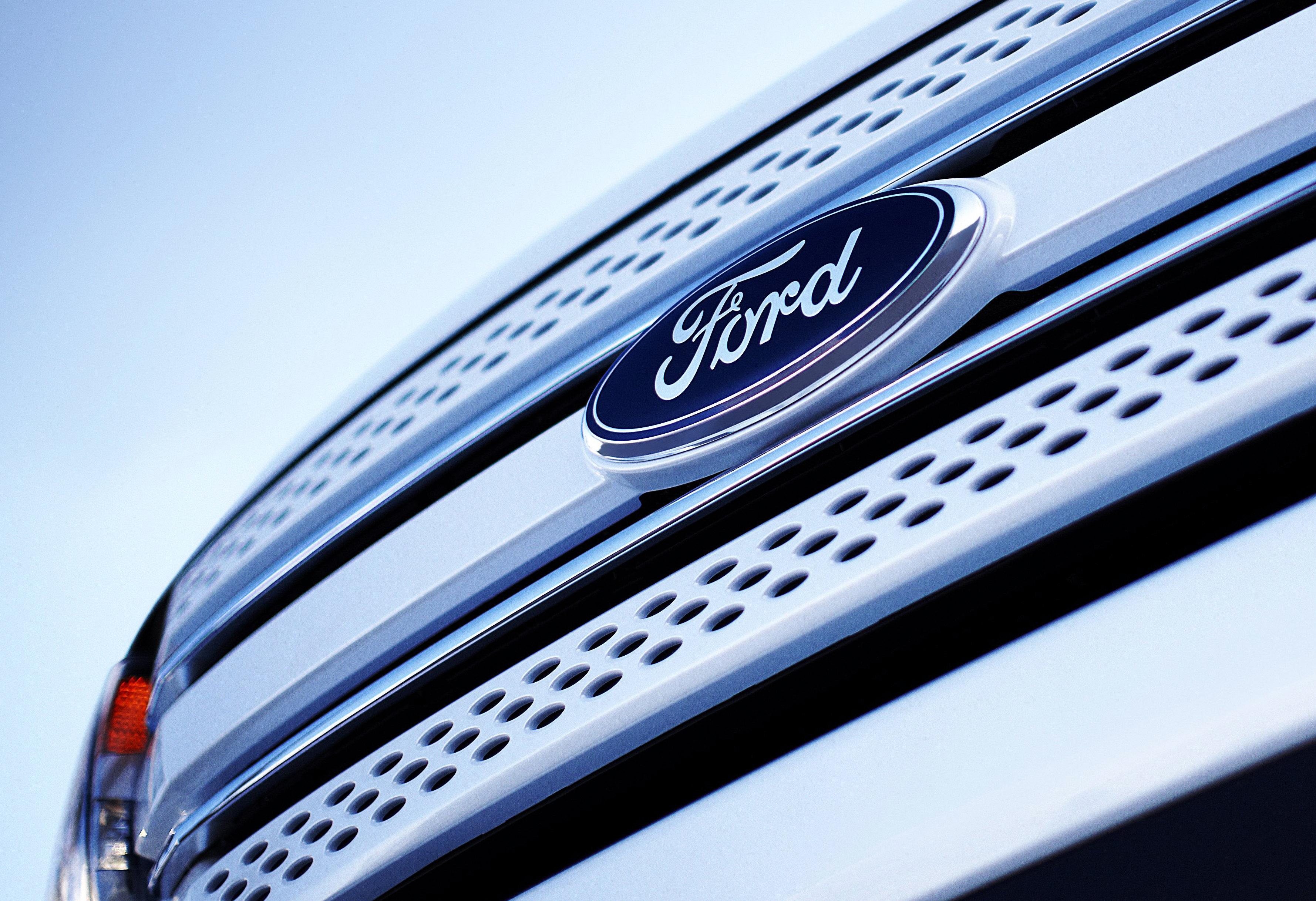 Форд выпустит небольшой пикап снесущим корпусом