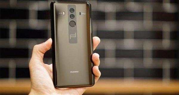 Нановом снимке смартфон Huawei Mate 20 Pro поражает тонкими рамками