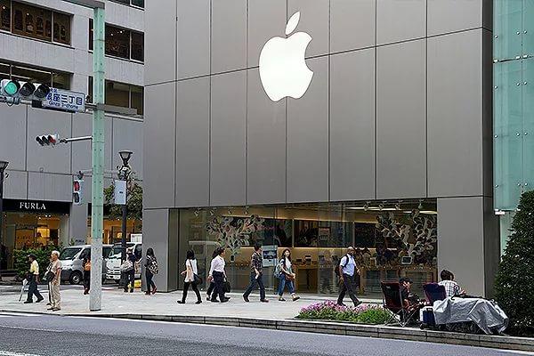 Компания Apple приступила к разработке беспилотных систем