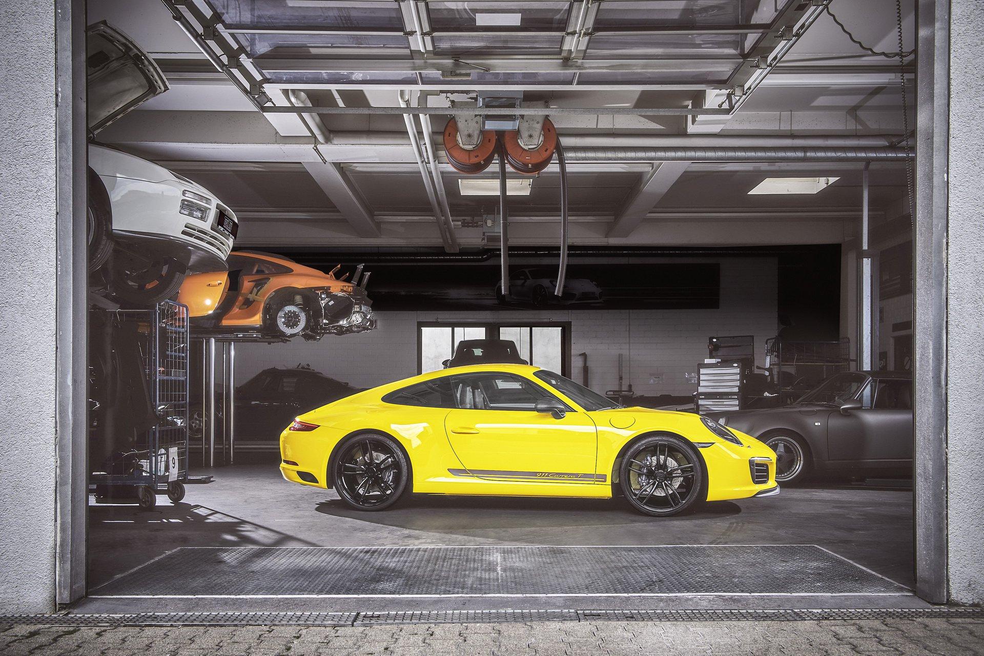 Ателье TechArt доработало купе Порше 911 Carrera T