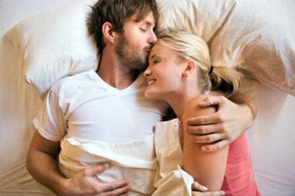 Ученые рассказали, что ключом куспешному браку является превосходный сон