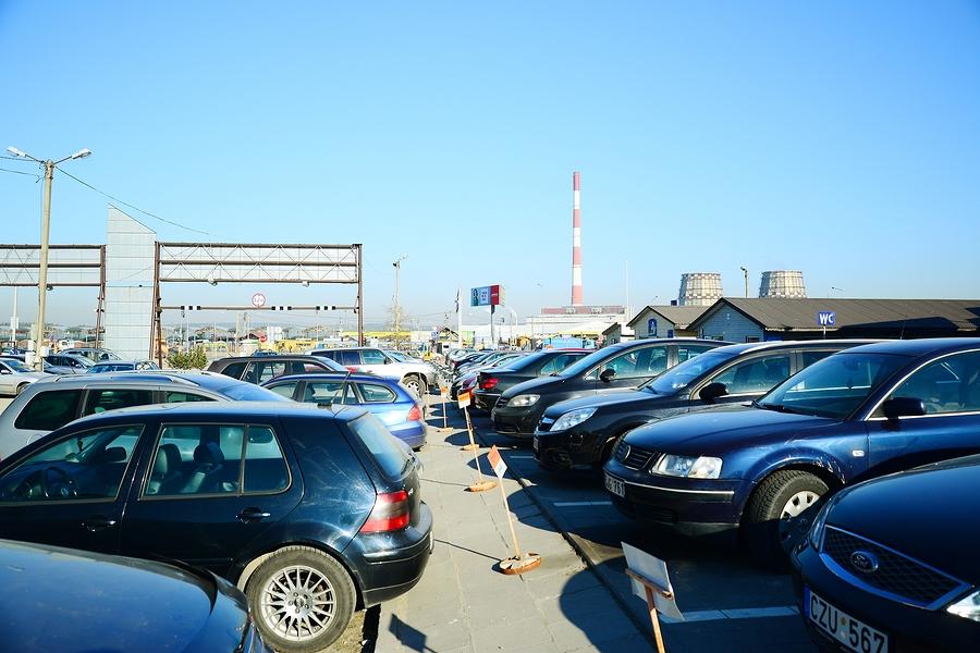 Машины навторичном российском рынке упали вцене class=