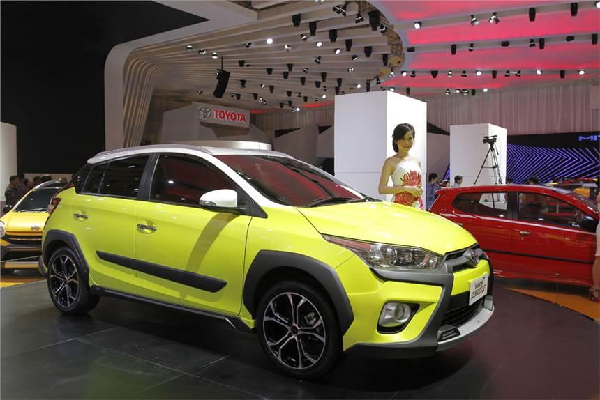 В Индонезии презентовали кроссовер Toyota Yaris Heykers
