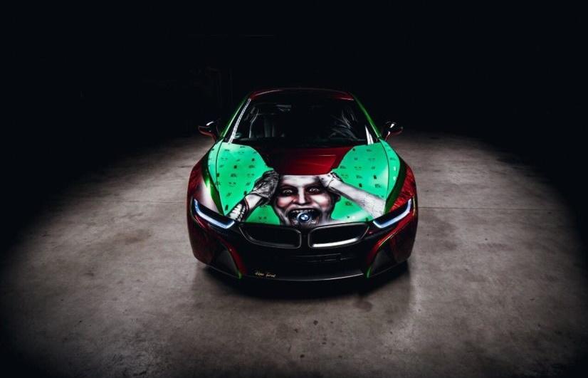 Гибридный BMW i8 превратили в злодейский спорткар