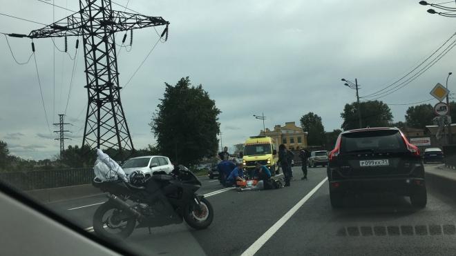НаВитебском проспекте случилось массовое ДТП сучастием байкеров ичетырех машин