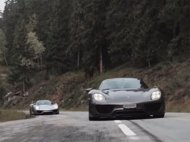 19 моделей Porsche гибрид преодолели Альпы