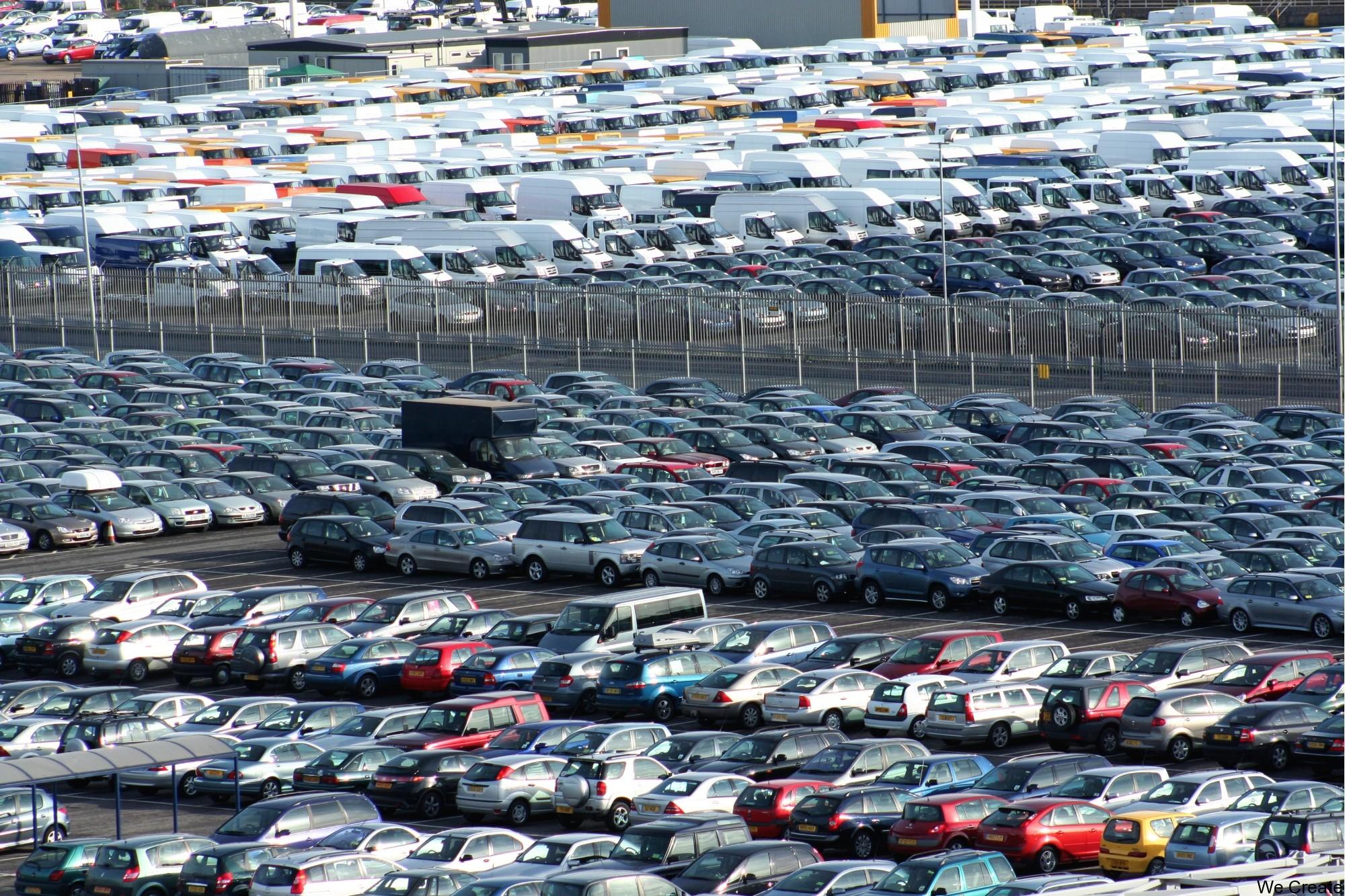 За месяц 27 производителей поменяли цены на автомобили в России