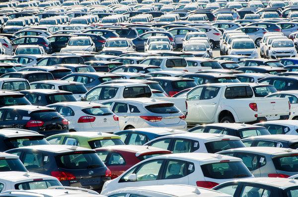 В2015г. русский рынок автомобилей сократится на10 процентов