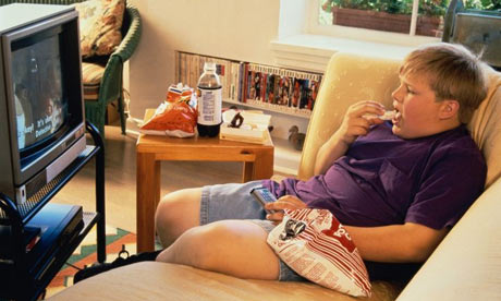 Ученые: первопричиной ожирения являются низкий заработок иплохое образование